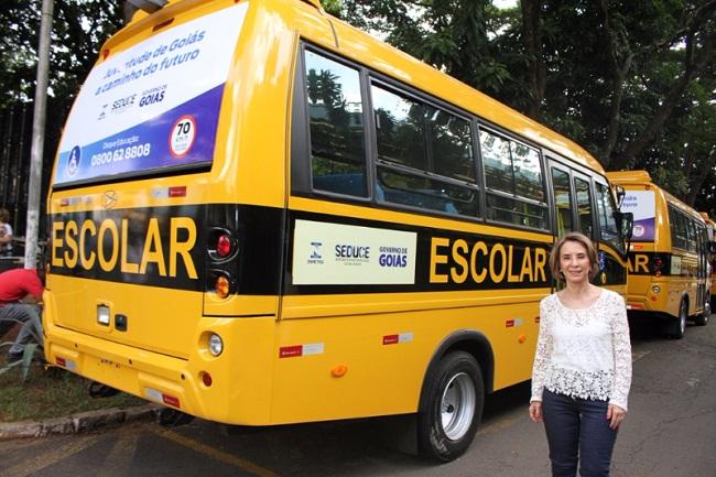 Adesivo De Parede Arvore Familia ~ FNDE manda Governo de Goiás retirar adesivos dos u00f4nibus escolares O Opinando
